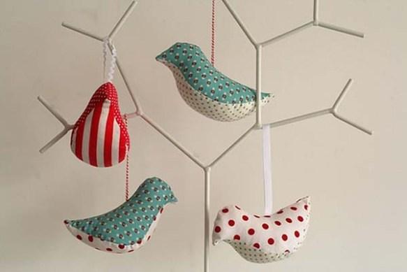 Homemade-Christmas-Ornaments-Hummingbirds