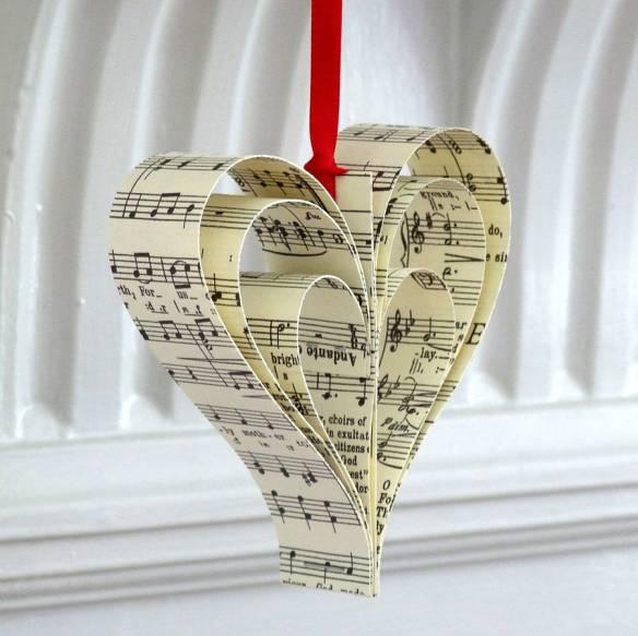 original_Handmade_Vintage_Paper_Christmas_Heart_Decoration