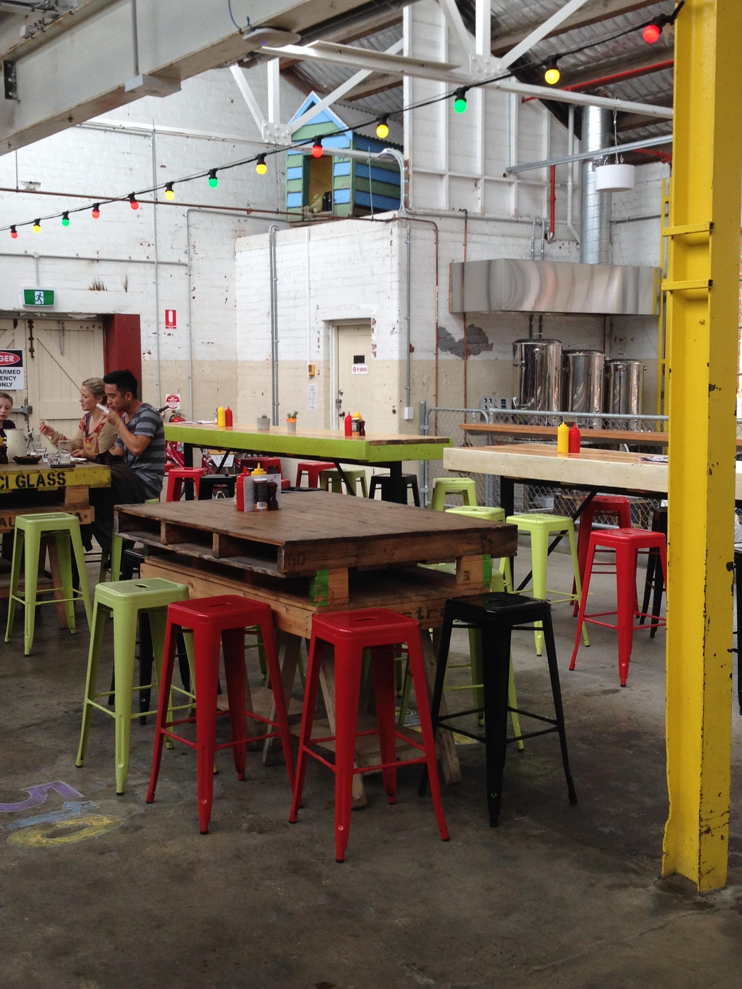 Restaurants in geelong andie 39 s world for Outdoor furniture geelong