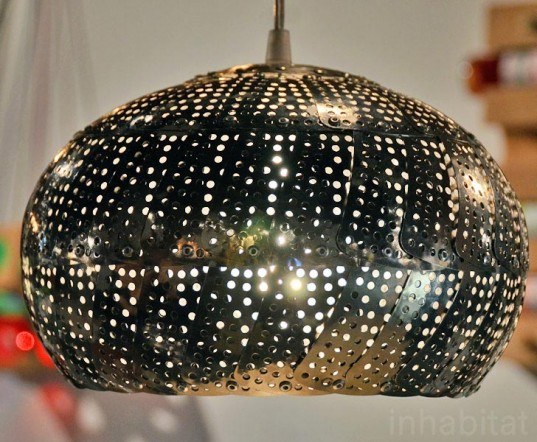 Steam-Colander-Lamps-by-Nadia-Belalia-3-537x442