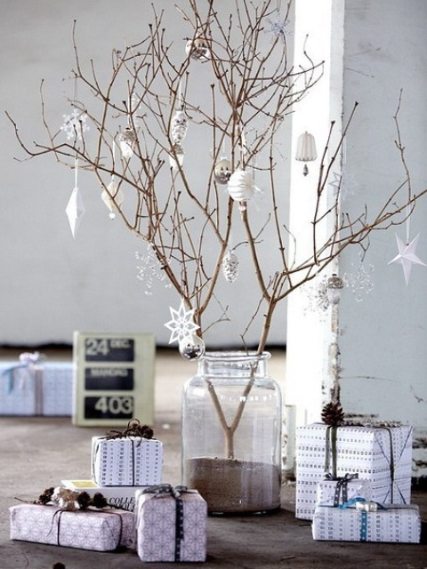 70-Awesome-Scandinavian-Christmas-Decorating-Ideas34