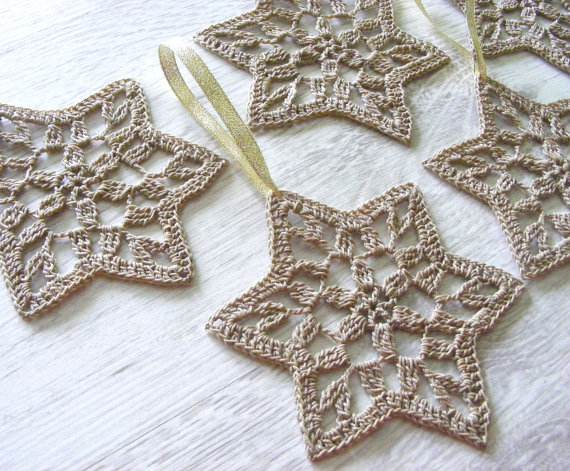 Crocheted-Star-Of-David-decorations1 (1)